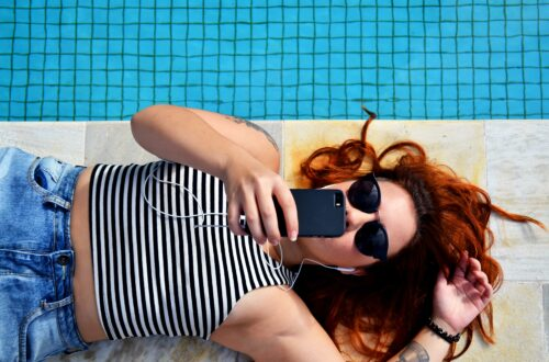 5 Tips to Avoid Getting Sucked Into Social Media and Wasting Time